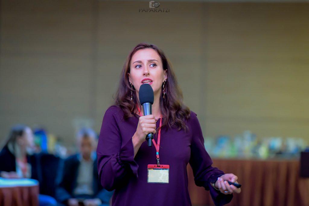 Monica Tarnovean, Manager COmunicare Tex, Carrefour Romania